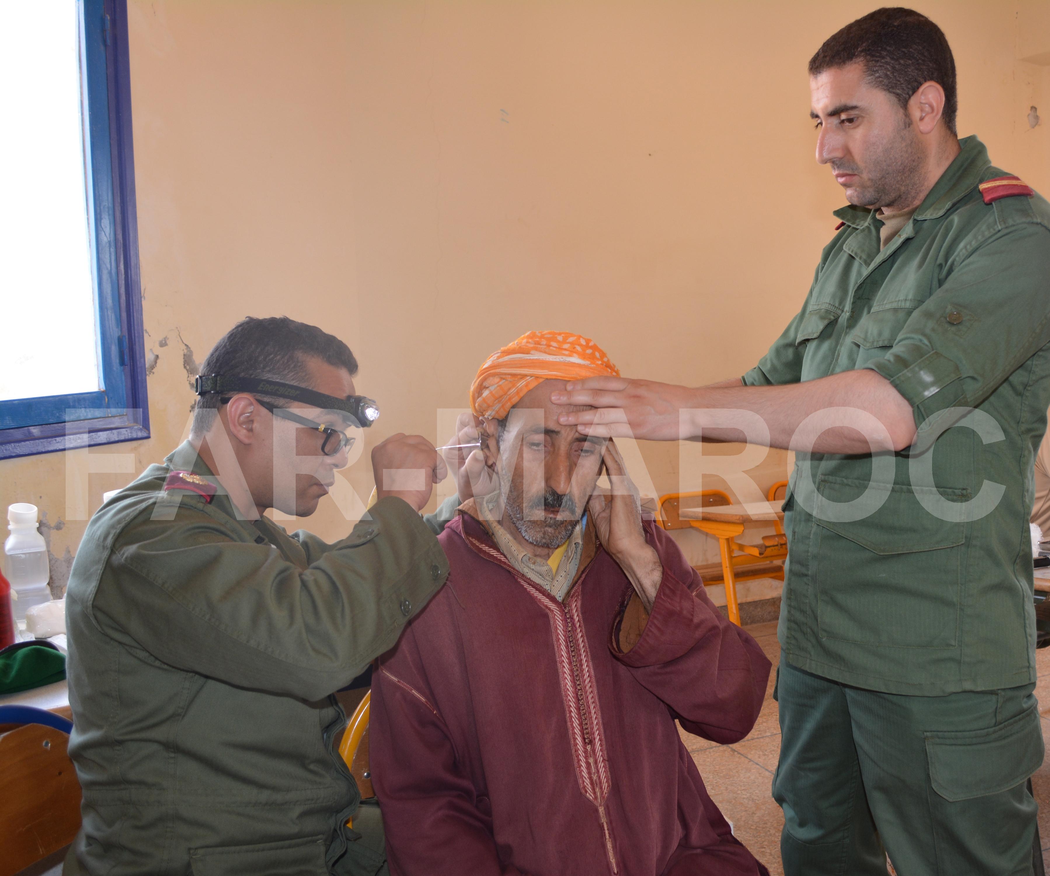 Les Opérations Humanitaires menées par nos Glorieuses Forces Armées Royales 46715314515_c722a0ea2c_o