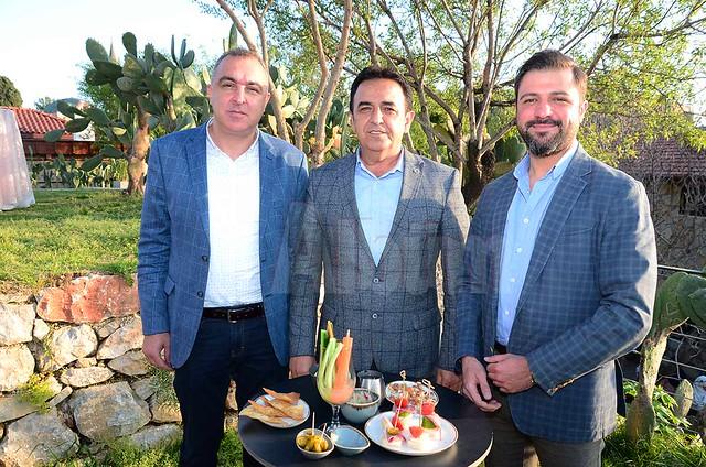 Önder Görgülü, Mustafa Sünbül, Mustafa Demir.