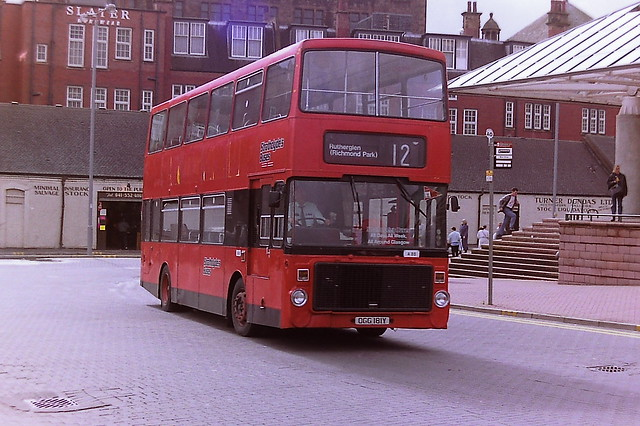STRATHCLYDE'S BUSES A85 OGG181Y