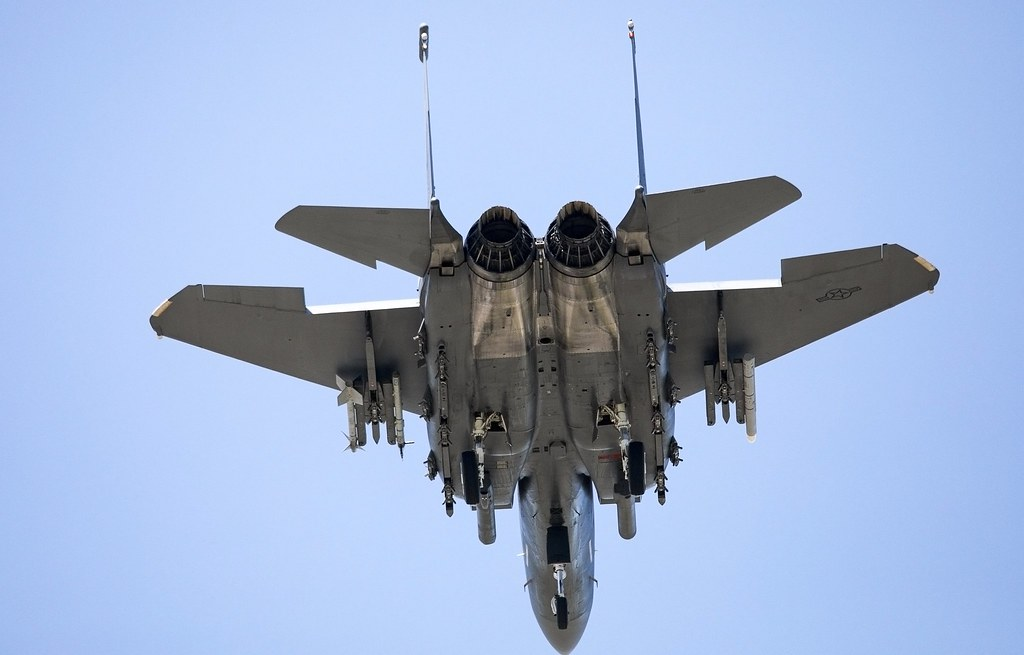 Eagles claws f 15e eagle from seymour johnson afb in - Seymour johnson afb swimming pool ...