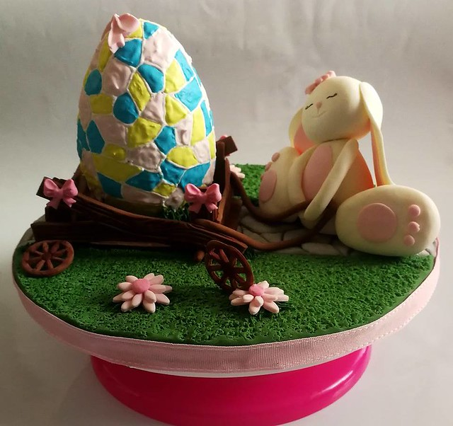 Easter Egg Cake by Aneta Olechno of Lusia Cake