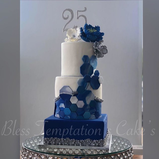 Cake from Bless Temptation's Cake's by JOL