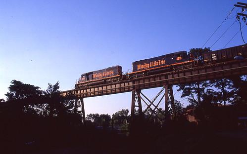 wheelinglakeerie wheelinglakeerierailway ohioeriecanal wlemotivepower wlelocomotives akronohio wleakronsubdivision railroadtrestles