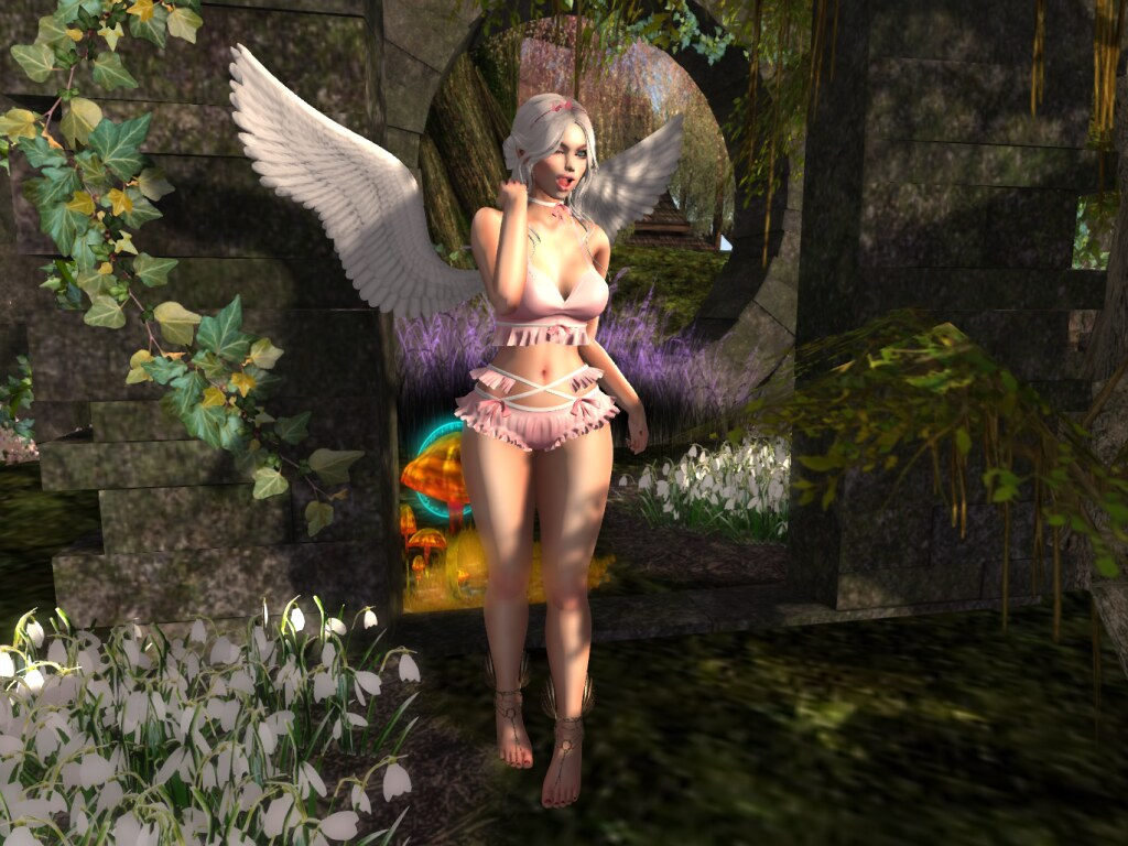 Redeux Photo Contest April/2019 Entry #2 – Demeter Quandry