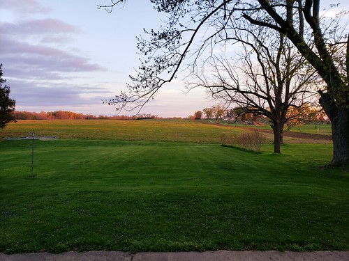 mybackyard stoustville countryside field sky sunset dusk fairfleldcounty nature ohio beautifulohio