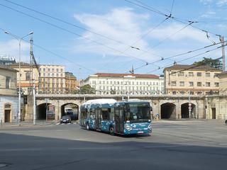 Flughafenbus am Hbf   by Entenfang1