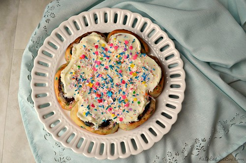 Funfetti Cinnamon Rolls 4 | by katesrecipebox