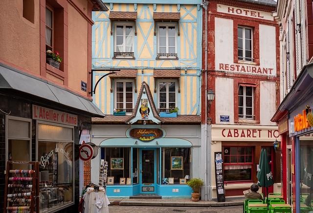 Carrefour du Singe en Hiver, Villerville, Normandy