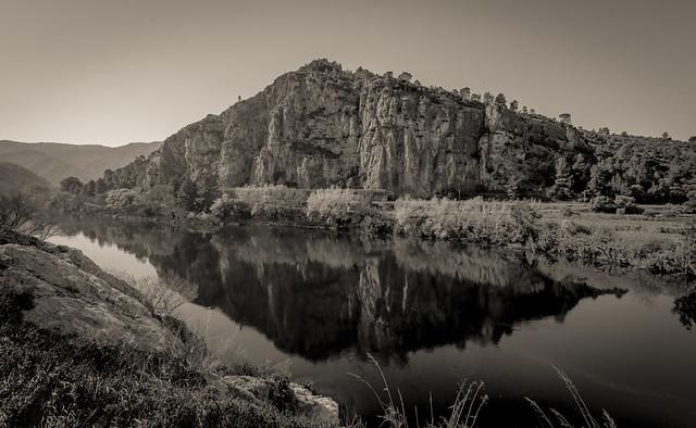 Rio Ebro.
