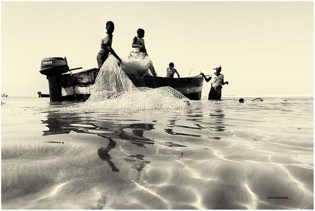 escena de pesca en Vilankulo