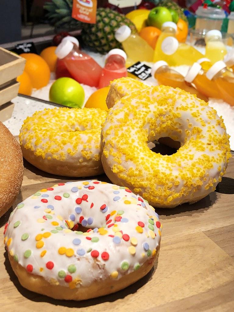 Oisoi Market Doughnuts