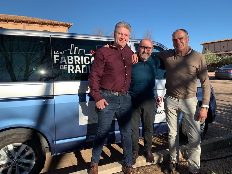 Foto Todo ira Bien con Tomas Garcia de la Torre y Jose Manuel Lopez Carrizo La Fabrica de Radio