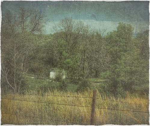 field dilapidated country rural landscape fence springfieldmissouri ozarks missouri