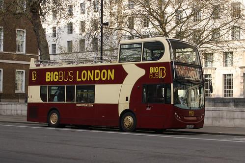 Big Bus Tours DA222 LJ09OKF