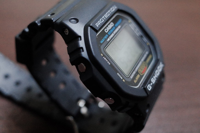 CASIO G SHOCK DW 5600E 1左