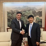 April 24th-Meeting with Mr. Liu Xiaoming, Deputy Minister of Transport of China-1