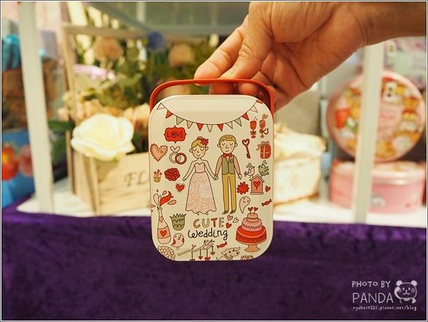 愛威鐵盒餅乾 (10)