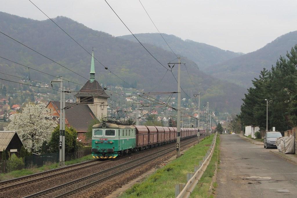 ČDC 123 023-4 bij Vaňov op 12-4-2019