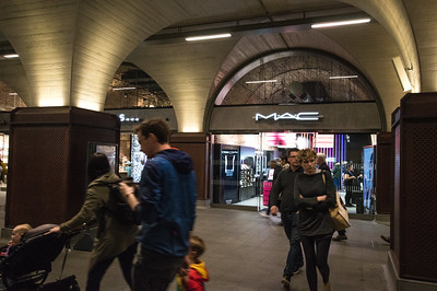 Retail and Travel at London Bridge Station