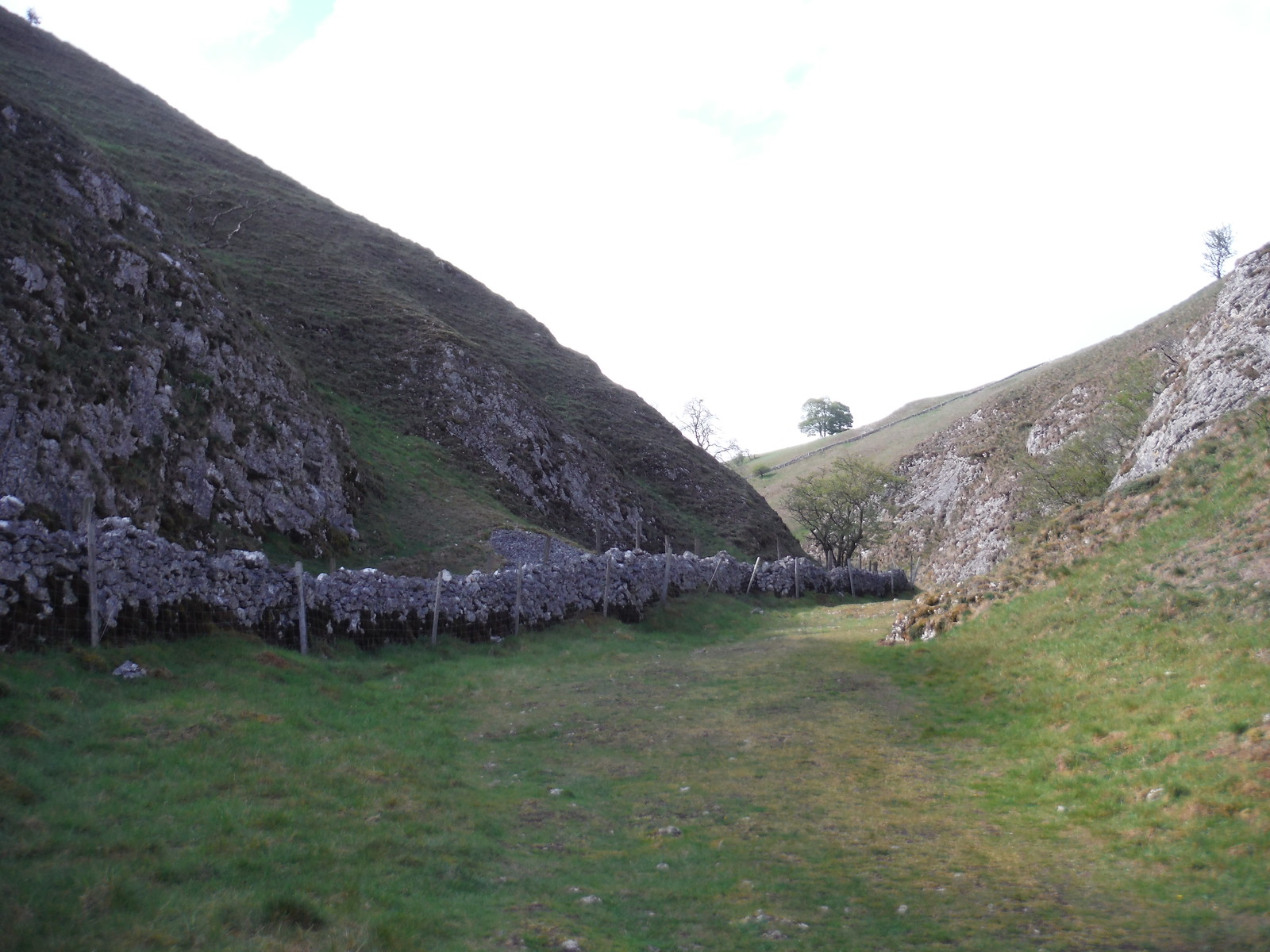 Chasm in Hall Dale SWC Walk 326 - Dovedale (Ashbourne Circular) [Long Version via Alstonefield]