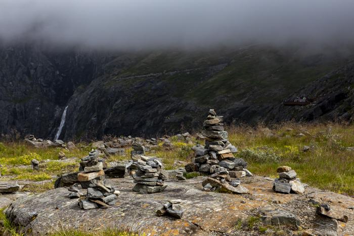 Norja Noway Norwegian roadtrip Trollstiegen kivikasat seita kiviröykkiö