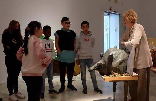 Visning av Släkten och slavarna på Konstmuseet