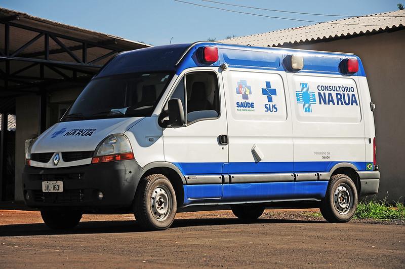 Consultório na Rua da Região Central ganha ambulância adaptada