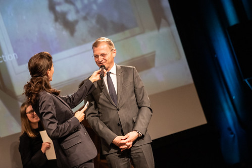 CE19 – awards ceremony //  Moderator Karin Schmid, Thomas Stelzer (Governor) // photo © Andreas Wörister / subtext.at