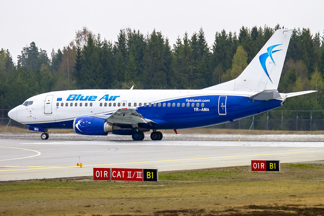YR-AMA Blue Air Boeing 737-530 cn:24942 / 2048