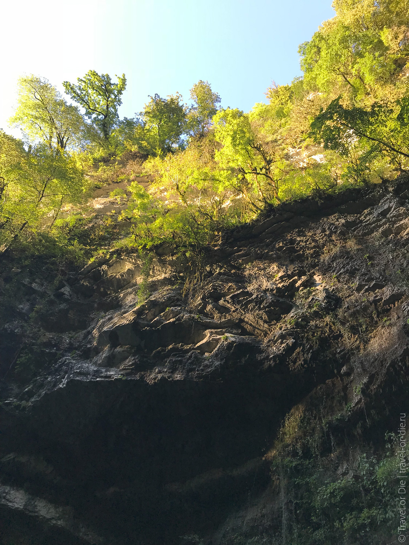 Водопад-Пасть-Дракона-Глубокий-Яр-7371