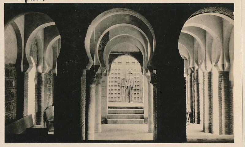Mezquita del Cristo de la Luz hacia 1915. Fotografía de Edward Manuel Newman. Colección de Laura Valeriano y Paco de la Torre.