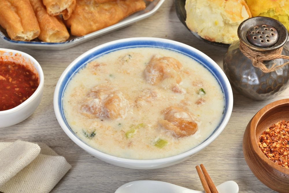 What to Eat in Taiwan - Soy Milk Soup