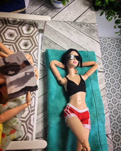 Max and Juno at a pool party (IMG INT) 46835452075_9b9c6d40e6_z