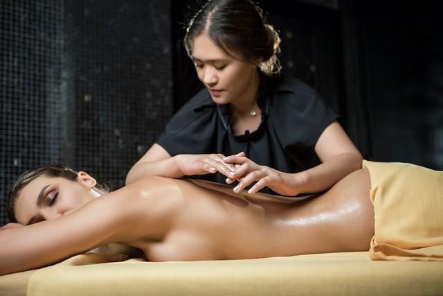 The Organic Spa masaje espalda
