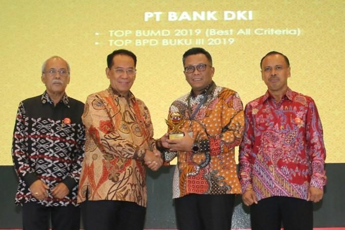 Bank DKI Raih Dua Penghargaan TOP BUMD 2019