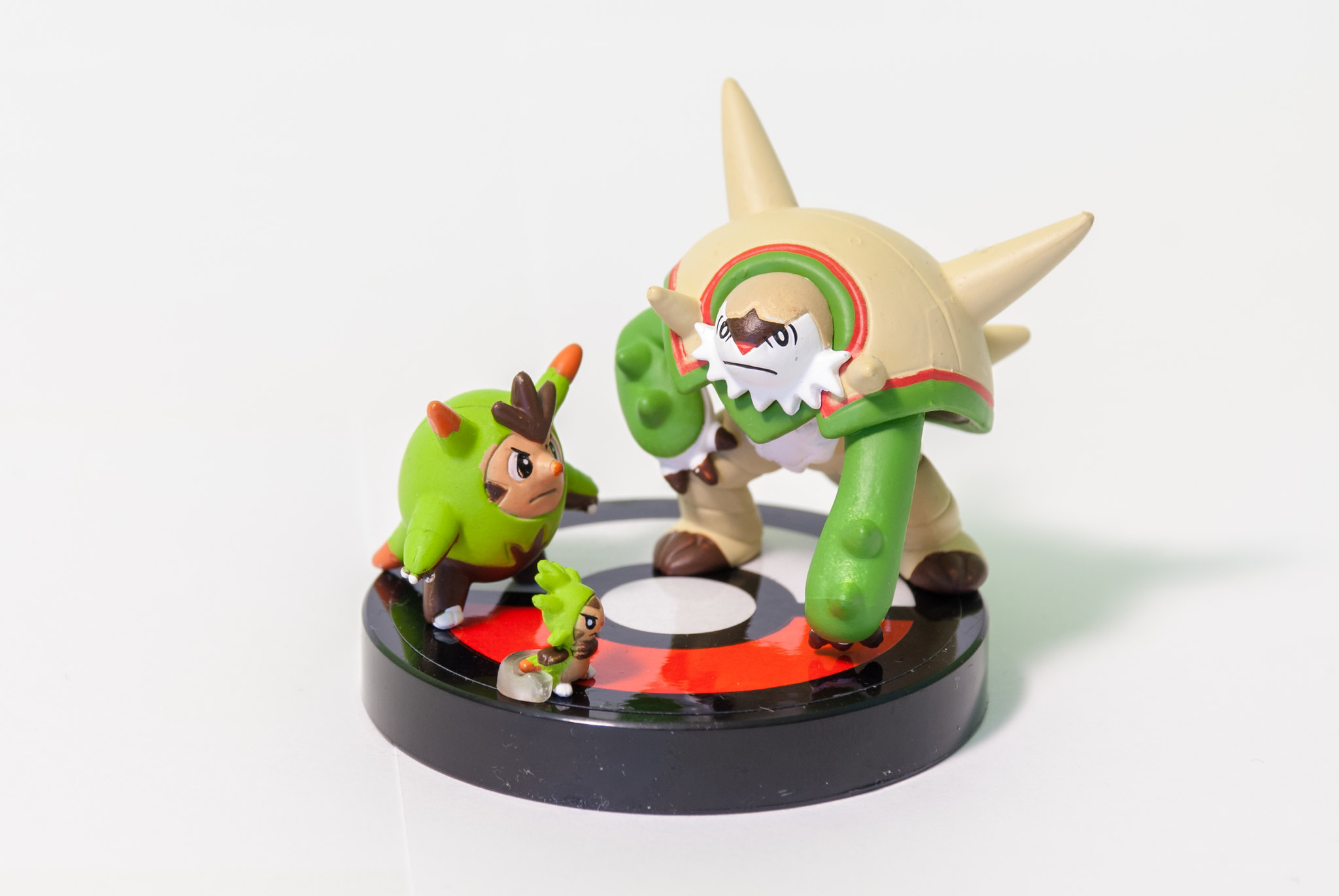 XY 02: Chespin/Quilladin/Chestnaught