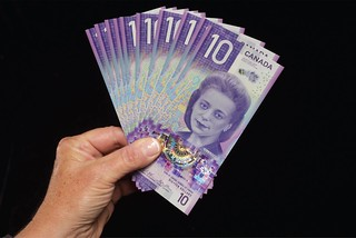 Canada Viola Desmond vertical banknote design