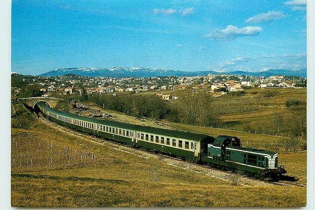 07 SNCF ST-ETIENNE-DE-FOUBELLON (ARDECHE) - le passage du train sncf