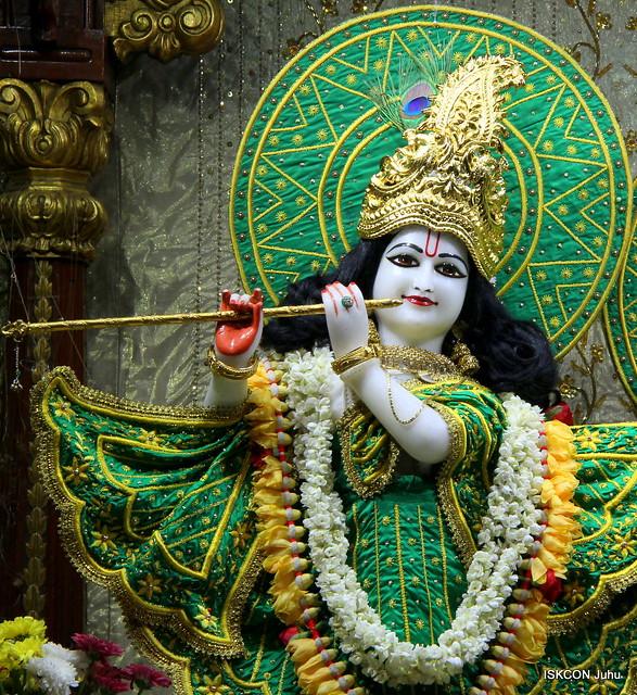 ISKCON Juhu Mangal Deity Darshan on 6th May 2019