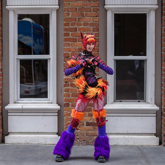 How Weird Street Faire 2019: disconnected hearer