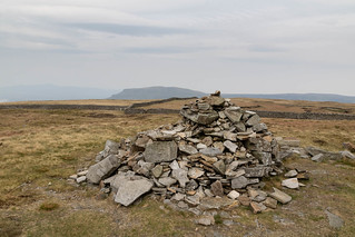 Summit of Fountains Fell | by johnkaysleftleg