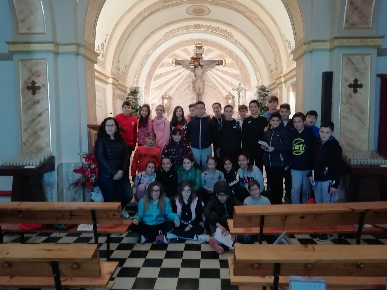 (2019-04-11) Visita ermita alumnos Pilar - 6 primaria -  9 de Octubre - María Isabel Berenguer (07)
