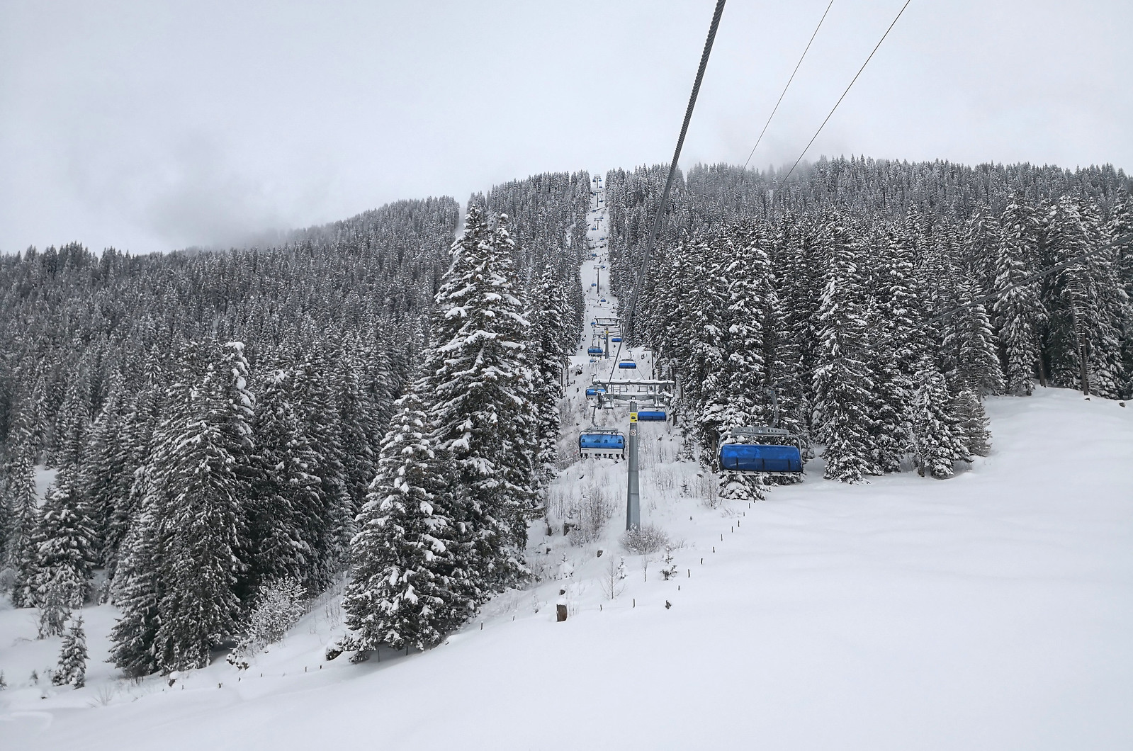 Chairlift at Bidmi