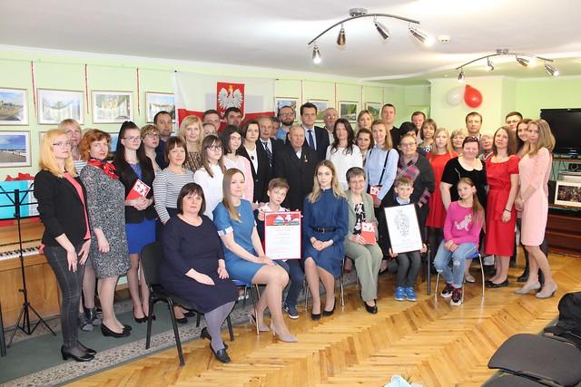 5 maja 2019 wszyscy uczestniki kocertu razem z Konsulem Janem Zdanowskim w Bibliotece