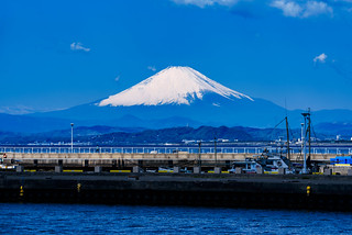 Mt. Fuji view from Enoshima Benten Bridge : 江の島弁天橋より富士山展望 | by Dakiny