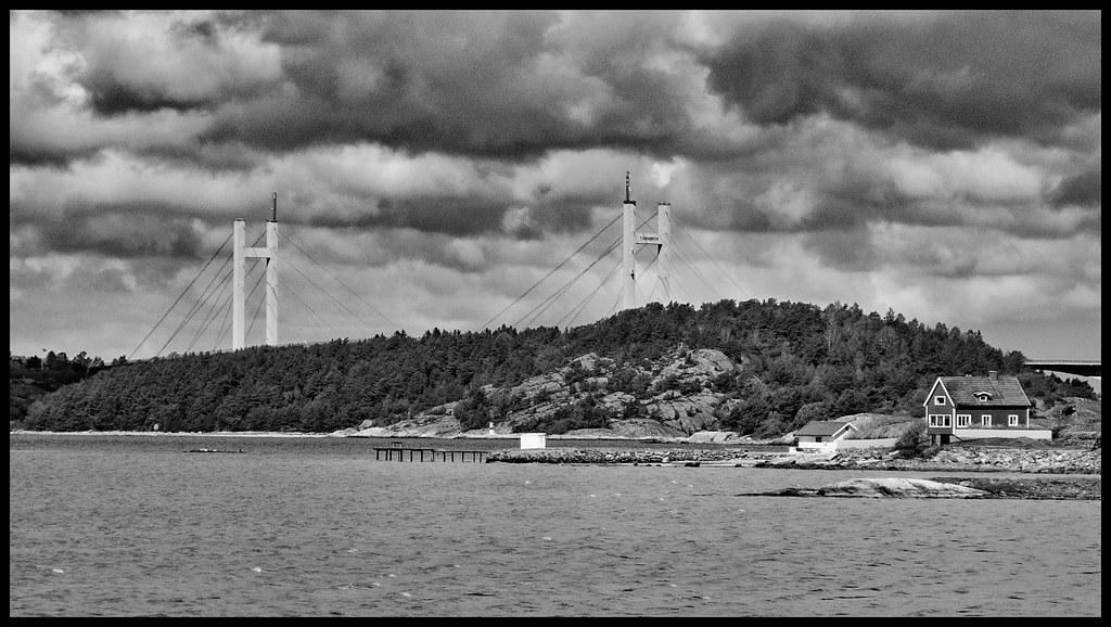 Tjörn Bridge under clouds