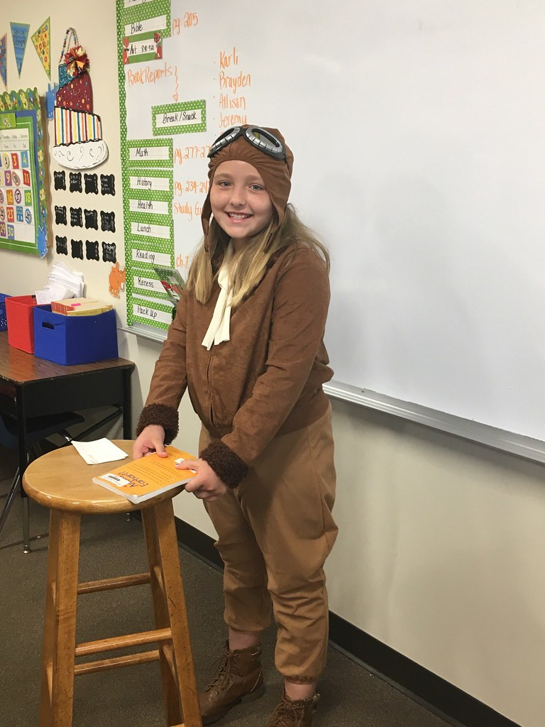 3rd grader Biography reports