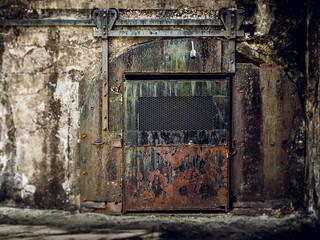 rusty crusty door (Fort Hancock Sandy Hook NJ) | by Steve Stanger