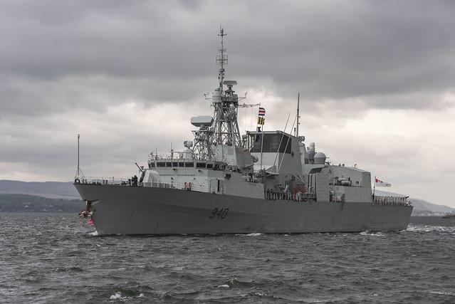 HMCS ST JOHN'S  FFH340