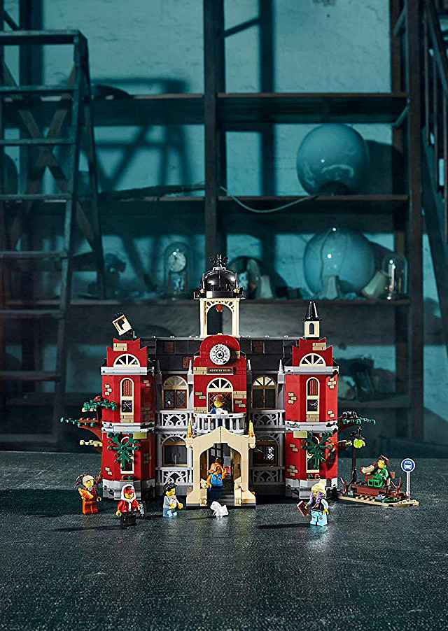 火車上、船上、學校裡......到處都有鬼怪等你來抓~! LEGO 70418~70425【Hidden Side】多款盒組發表!
